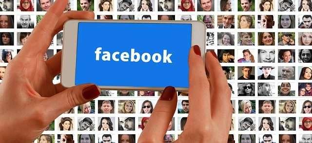 Moderar grupos de Facebook